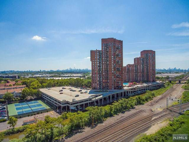 328 Harmon Cove Tower, Secaucus, NJ 07094 (MLS #20031588) :: The Lane Team