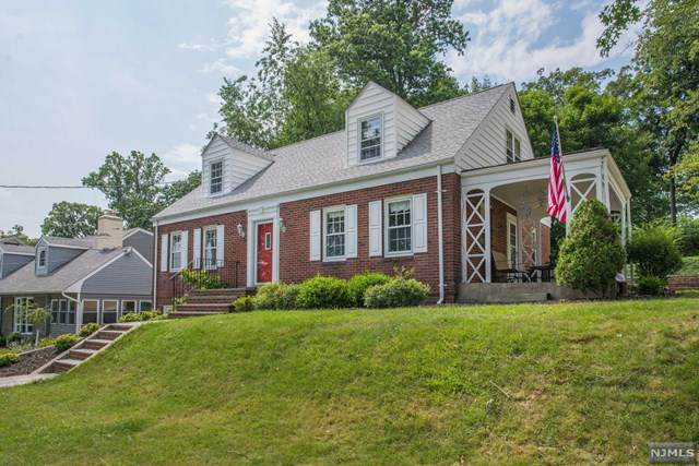 15 Erwin Place, Caldwell, NJ 07006 (MLS #20031728) :: The Lane Team