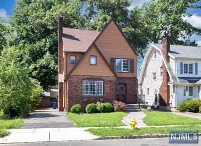 29 Oakridge Road, Bloomfield, NJ 07003 (#20031786) :: NJJoe Group at Keller Williams Park Views Realty