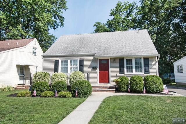 5 Dixie Avenue, Hawthorne, NJ 07506 (MLS #20032790) :: The Sikora Group
