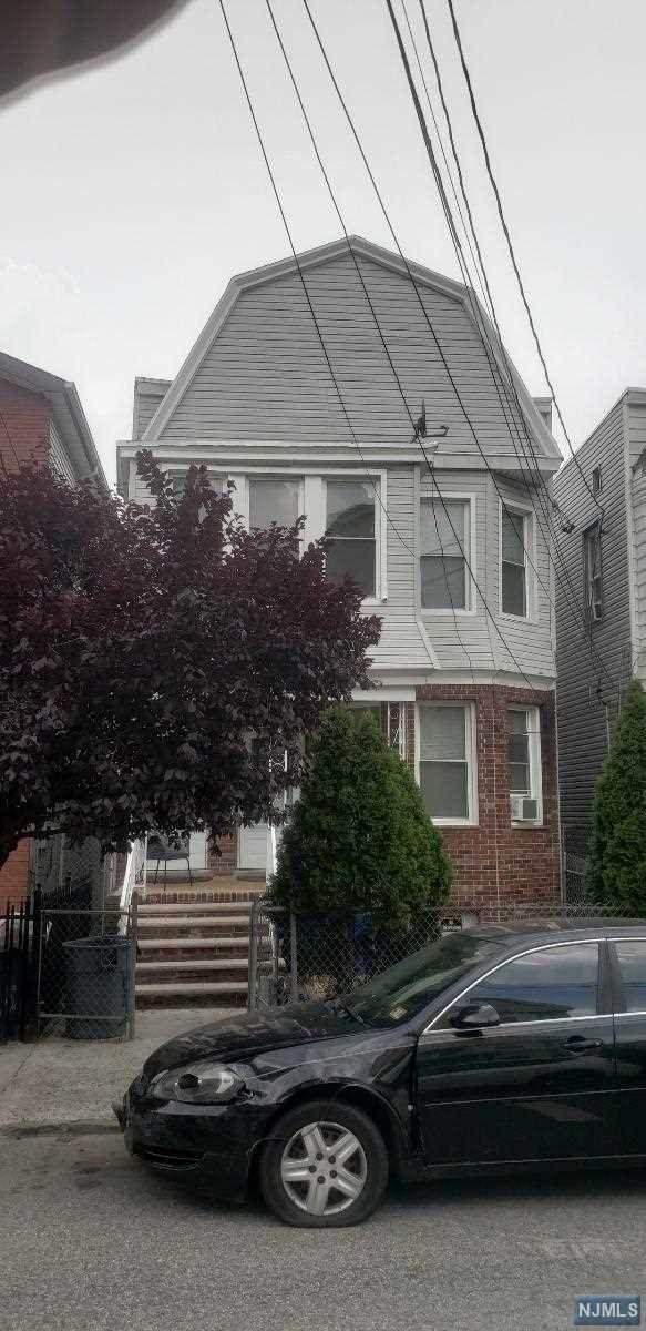 50 Randolph Avenue, Jersey City, NJ 07305 (MLS #20032807) :: The Sikora Group