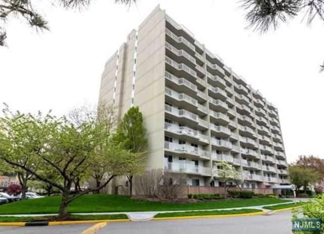 1077 River Road Th7, Edgewater, NJ 07020 (MLS #20032824) :: The Sikora Group