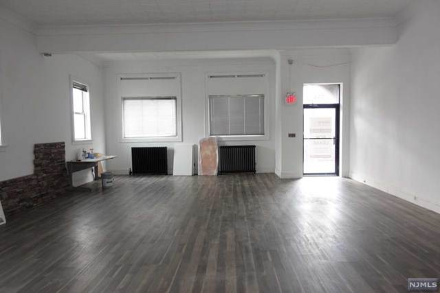 333 Hackensack Street, Carlstadt, NJ 07072 (MLS #20032830) :: Team Francesco/Christie's International Real Estate