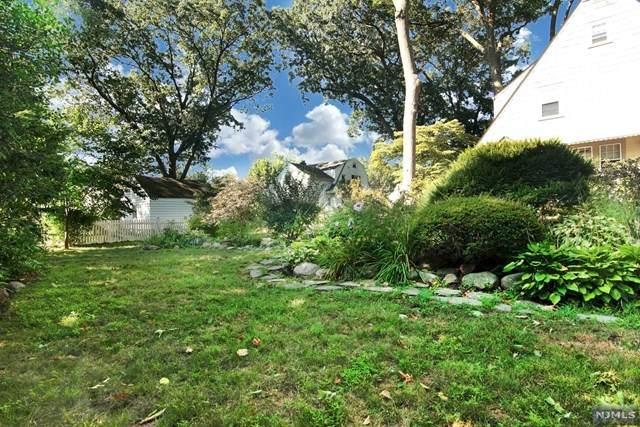 93 Bradford Street, Glen Rock, NJ 07452 (MLS #20033275) :: The Dekanski Home Selling Team