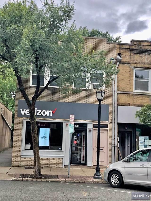 328 Broad Avenue - Photo 1