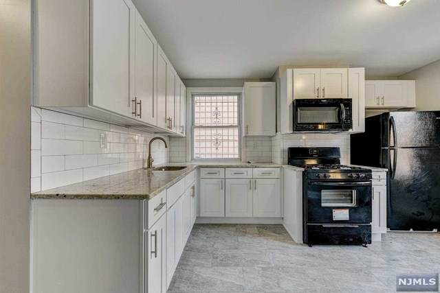 287 Halsted Street - Photo 1