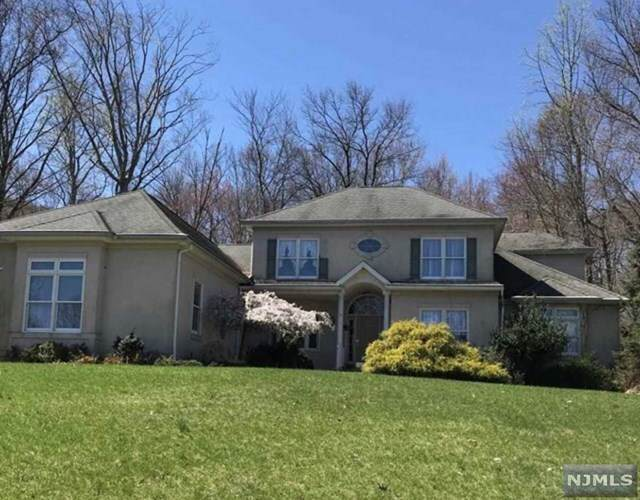 4 Split Rock Road, North Haledon, NJ 07508 (#20035921) :: NJJoe Group at Keller Williams Park Views Realty