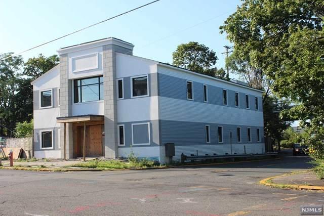 1010 Edgewater Avenue, Ridgefield, NJ 07657 (#20036312) :: NJJoe Group at Keller Williams Park Views Realty