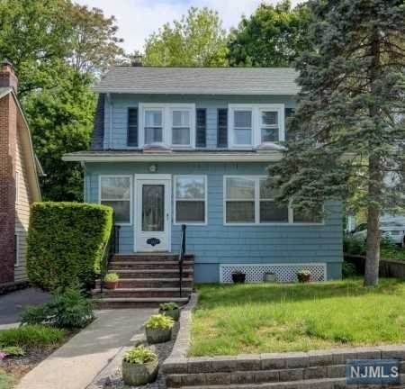125 Kenneth Terrace, South Orange Village, NJ 07079 (MLS #20036466) :: The Dekanski Home Selling Team