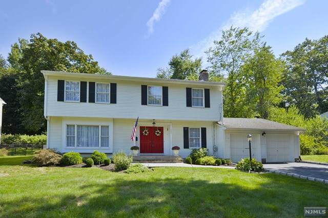 207 Glen Avenue, Glen Rock, NJ 07452 (MLS #20036795) :: The Sikora Group