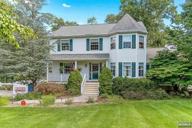 2 Bridget Way, Byram, NJ 07871 (MLS #20037382) :: Team Francesco/Christie's International Real Estate