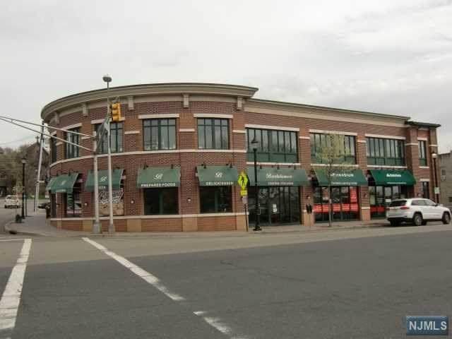 105 Dean Street - Photo 1