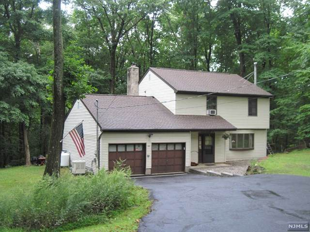 48 Winding Hill Drive, Vernon, NJ 07461 (MLS #20038042) :: Team Francesco/Christie's International Real Estate