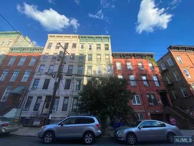 1011 Park Avenue - Photo 1