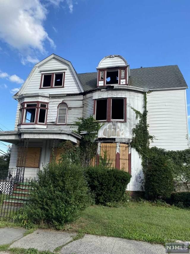 255-257 Mount Prospect Avenue - Photo 1