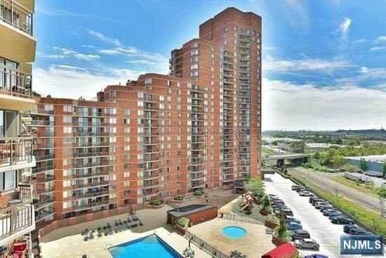234 Harmon Cove Tower, Secaucus, NJ 07094 (MLS #20038650) :: Team Francesco/Christie's International Real Estate