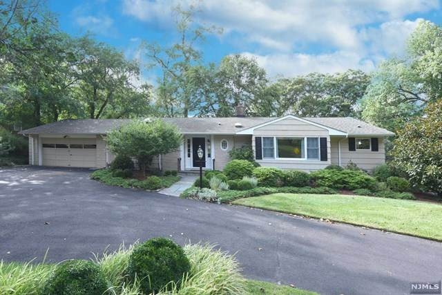 55 Grandview Place, North Caldwell, NJ 07006 (#20038695) :: NJJoe Group at Keller Williams Park Views Realty