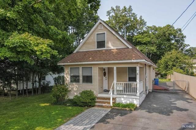 17 Highwood Avenue, Waldwick, NJ 07463 (MLS #20038955) :: The Lane Team