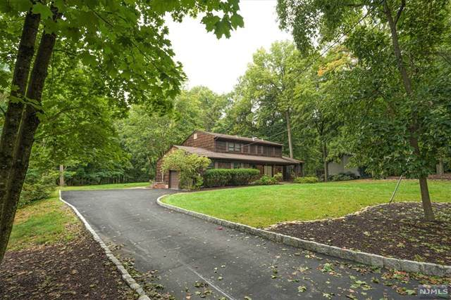 20 Brook Valley Road, Montville Township, NJ 07082 (MLS #20039029) :: Team Francesco/Christie's International Real Estate