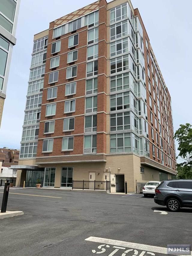 800 12th Street - Photo 1
