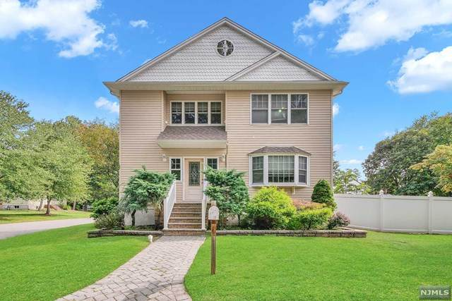 12 Greenwood Avenue, Pequannock Township, NJ 07440 (#20039179) :: NJJoe Group at Keller Williams Park Views Realty