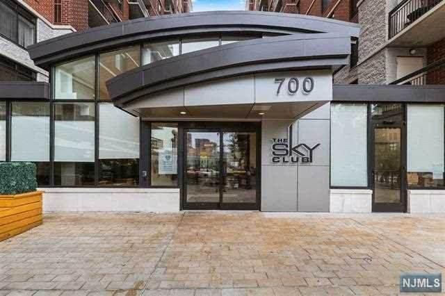 700 1st Street 7F, Hoboken, NJ 07030 (MLS #20039220) :: Team Francesco/Christie's International Real Estate