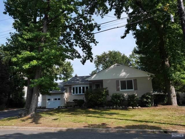 208 Essex Street, Oradell, NJ 07649 (MLS #20039352) :: Team Francesco/Christie's International Real Estate