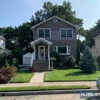304 E Johnson Avenue, Bergenfield, NJ 07621 (#20039367) :: NJJoe Group at Keller Williams Park Views Realty