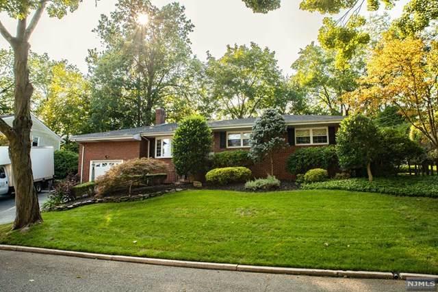 83 Stewart Street, Demarest, NJ 07627 (MLS #20039427) :: Team Francesco/Christie's International Real Estate