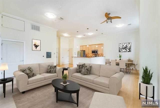 59-63 W 30th Street #106, Bayonne, NJ 07002 (MLS #20039518) :: Team Francesco/Christie's International Real Estate