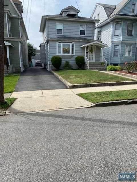 70 New Lawn Avenue, Kearny, NJ 07032 (MLS #20039529) :: Team Francesco/Christie's International Real Estate