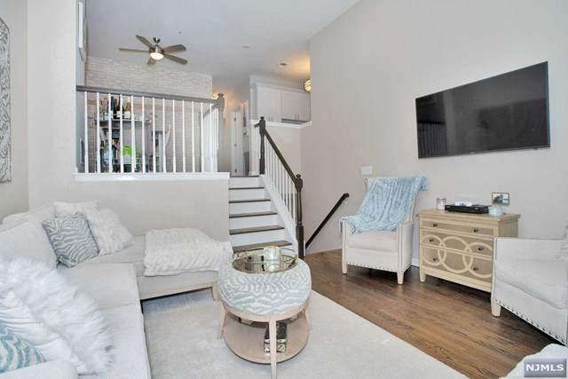 276 Roslyn Court, West New York, NJ 07093 (MLS #20039623) :: Team Francesco/Christie's International Real Estate