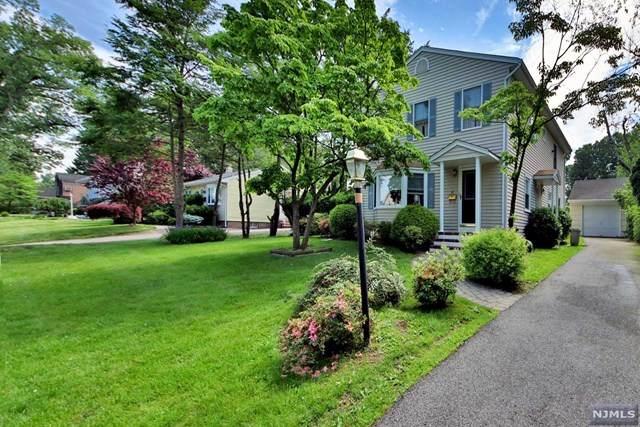 23 Spruce Avenue, Emerson, NJ 07630 (MLS #20039696) :: Team Francesco/Christie's International Real Estate
