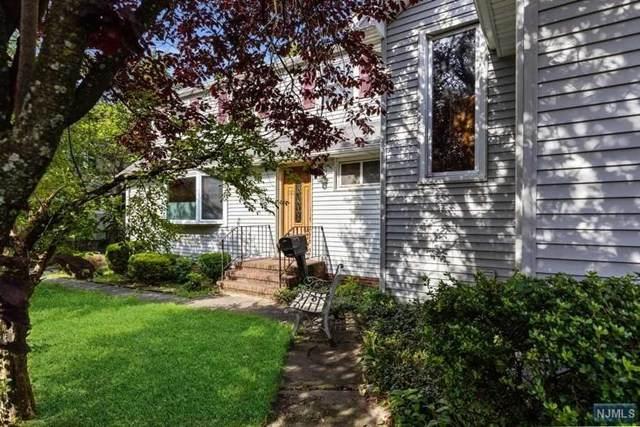 185 6th Street, Cresskill, NJ 07626 (MLS #20039860) :: Team Francesco/Christie's International Real Estate