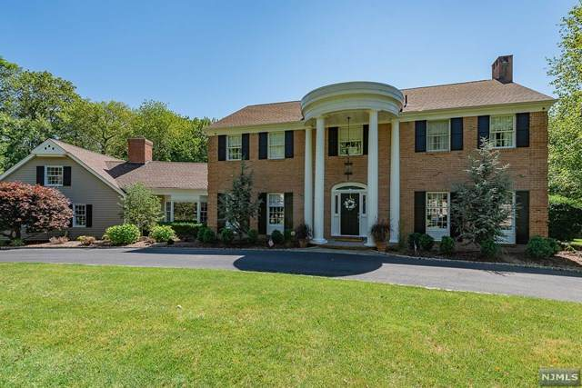 717 Oneida Trail, Franklin Lakes, NJ 07417 (MLS #20039863) :: Team Francesco/Christie's International Real Estate