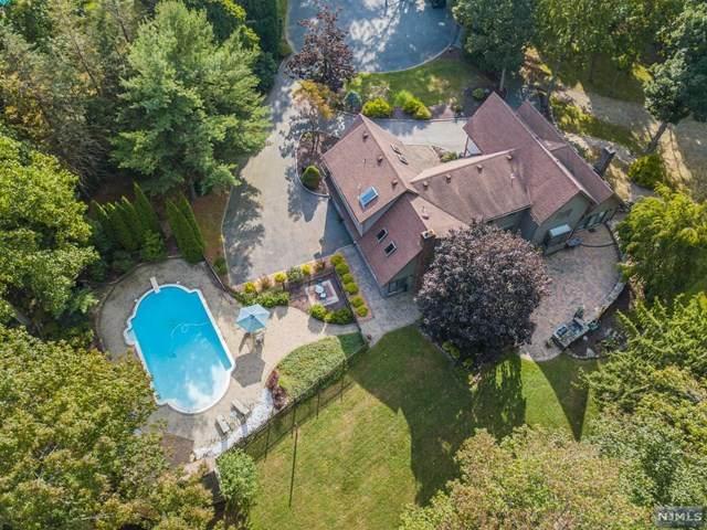 3 Erma Court, Kinnelon Borough, NJ 07405 (MLS #20039871) :: Team Francesco/Christie's International Real Estate