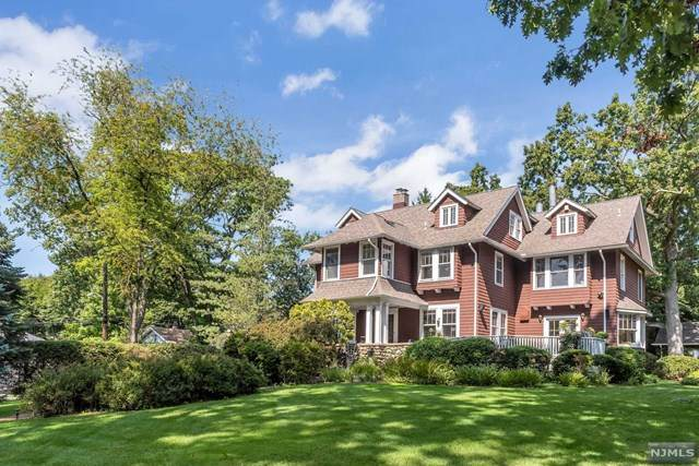 43 Barrington Road, Ridgewood, NJ 07450 (MLS #20039911) :: Team Francesco/Christie's International Real Estate