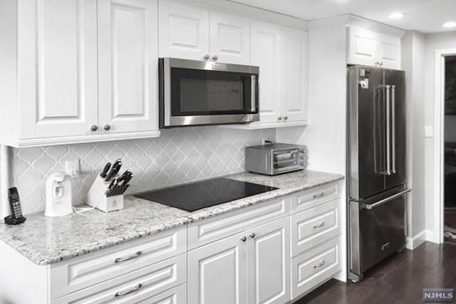 2 Claridge Drive 1DE, Verona, NJ 07044 (MLS #20040023) :: Team Francesco/Christie's International Real Estate