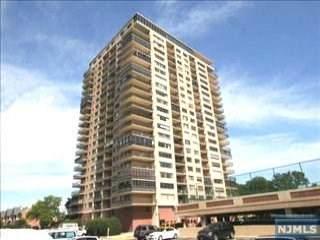 1203 River Road 8H, Edgewater, NJ 07020 (MLS #20040037) :: Team Francesco/Christie's International Real Estate