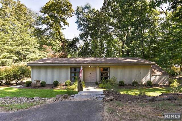 32 Foremost Mountain Road, Montville Township, NJ 07082 (MLS #20040086) :: Team Francesco/Christie's International Real Estate