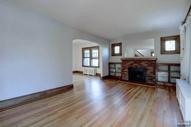 14-09 Berdan Avenue, Fair Lawn, NJ 07410 (MLS #20040142) :: Team Francesco/Christie's International Real Estate