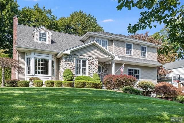 27 Pembroke Place, Glen Rock, NJ 07452 (MLS #20040206) :: Team Francesco/Christie's International Real Estate