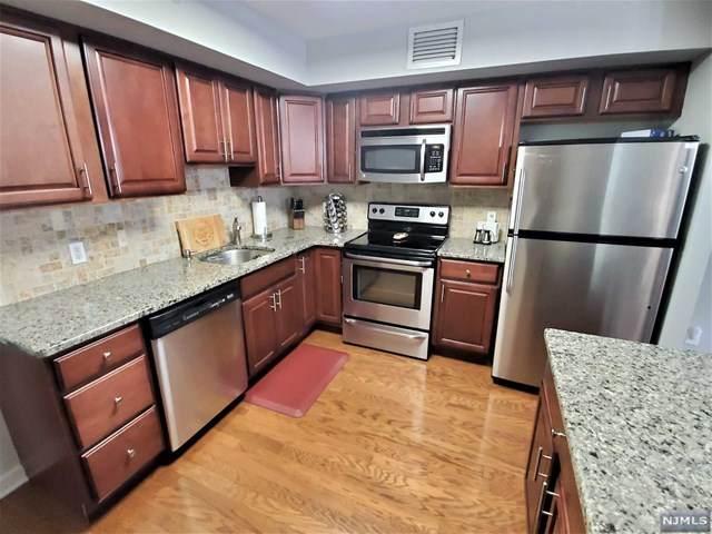 316 Prospect Avenue 8D, Hackensack, NJ 07601 (MLS #20040266) :: Team Francesco/Christie's International Real Estate