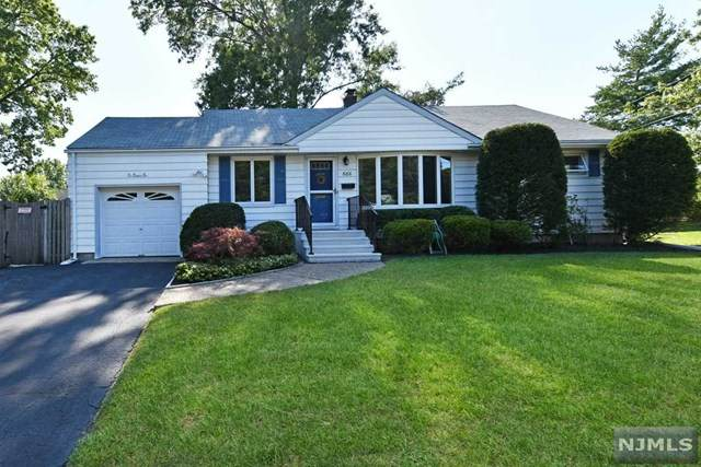 686 Victoria Avenue, Paramus, NJ 07652 (MLS #20040314) :: Team Francesco/Christie's International Real Estate