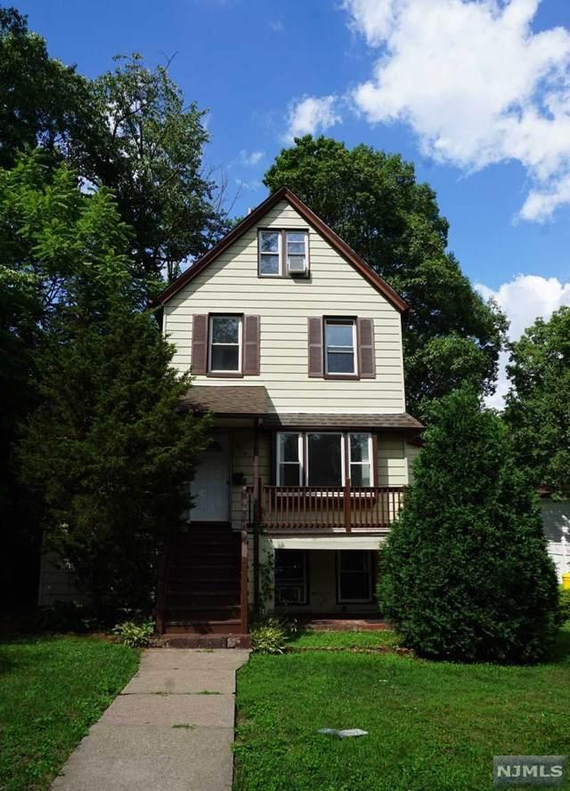 213 Manhattan Avenue, Teaneck, NJ 07666 (MLS #20040328) :: Team Francesco/Christie's International Real Estate