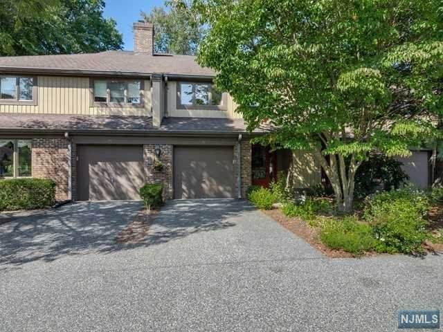 92 Frost Lane, Mahwah, NJ 07430 (MLS #20040445) :: Team Francesco/Christie's International Real Estate