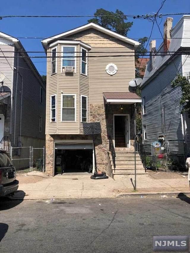 305 Van Houten Street - Photo 1