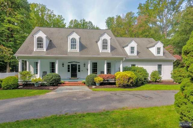 792 W Crescent Avenue, Allendale, NJ 07401 (MLS #20040840) :: Kiliszek Real Estate Experts
