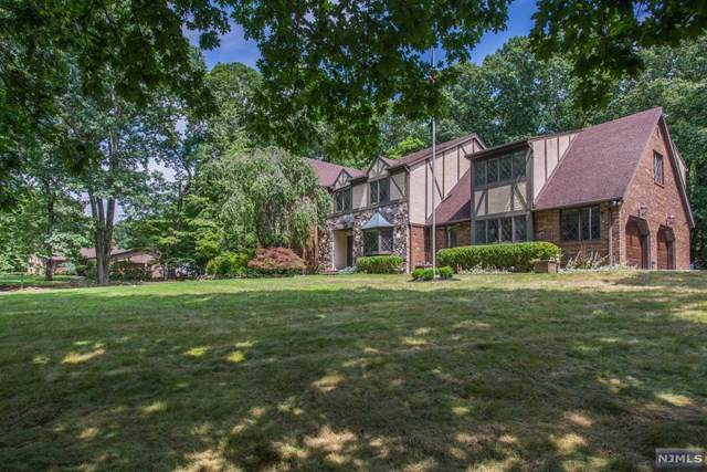 151 Waughaw Road, Montville Township, NJ 07082 (MLS #20041059) :: The Sikora Group