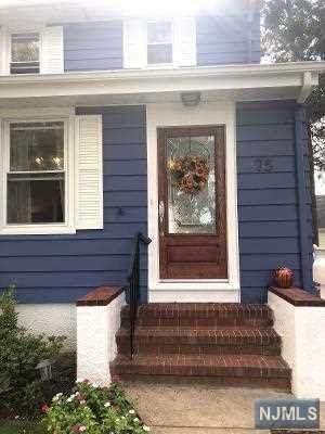 75 Chestnut Street, Rochelle Park, NJ 07662 (MLS #20041656) :: The Dekanski Home Selling Team